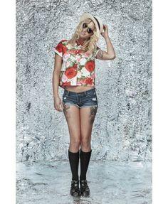 Women crop top shirt Crop Top Shirts, Crop Tops, Fashion Beauty, Street Wear, Mini Skirts, Tropical, Hipster, Amazing, Floral