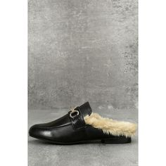 Steve Madden Jill Black Leather Faux Fur Loafer Slides ($89) ❤ liked on Polyvore featuring shoes, loafers, black, polish shoes, polish leather shoes, leather shoes, round cap and steve madden