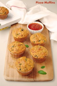 US Masala: Veggie Pizza muffins!