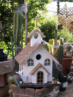 Faith Chapel - church birdhouse | im makin all kinds houses … | Flickr