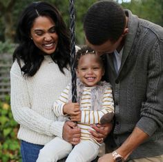 Because they're super family-oriented and, I mean, how could you not be with a daughter as precious as Riley? 21 Reasons Steph And Ayesha Curry Should Be Your Relationship Goals Stephen Curry Family, The Curry Family, Family Goals, Family Love, Beautiful Family, Beautiful Babies, Ryan Curry, Ayesha Curry, Love And Basketball