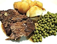 Roast Beef, Slow Cooked, Red Wine, Peas