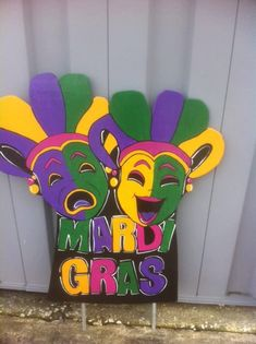 This unique Court Jester yard sign is ( size is approx. 3x4 h) will be the perfect addition to your home decor! Metal Conduit poles are included for fast/easy display right out of the box. FABs can also personalize a large single hand painted letter, names, years or Welcome greeting