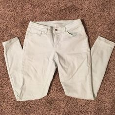 """Loft Super Skinny jeans Pale green, ankle length. 29"""" inseam. Excellent condition. LOFT Jeans Ankle & Cropped"""