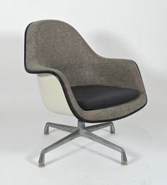 Charles Eames; Loose Cushion Armchair for Herman Miller, 1971.