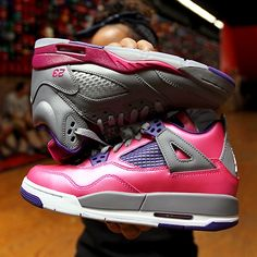 2014 cheap nike shoes for sale info collection off big discount.New nike roshe run,lebron james shoes,authentic jordans and nike foamposites 2014 online. Jordan 4, Jordan Shoes, Cute Girl Shoes, Girls Shoes, Jordans Girls, Cheap Jordans, Holographic Adidas, Adidas Shoes Outlet, Cheap Nike Air Max