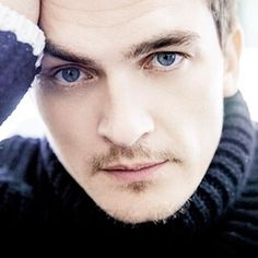 Risultati immagini per rupert friend eyes Friends Actors, New Friends, Homeland Tv Series, Gorgeous Men, Beautiful People, Rupert Friend, Victorian Vampire, Pretty Eyes, Film Director