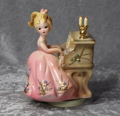 Vintage 1965 JOSEF Originals Girl at Piano Music Box Figurine!