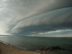 Shelf cloud.
