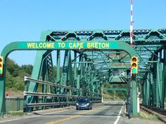Here are 5 things to do in Cape Breton Island, Nova Scotia. An island which is equally beautiful as it is fun. The Canadian Maritimes are simply gorgeous. East Coast Travel, East Coast Road Trip, Ottawa, Quebec, Cap Breton, East Coast Canada, Nova Scotia Travel, Alaska, Cabot Trail