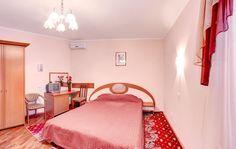 Номер двухместный стандарт. Гостиницы Киева. Подробнее на официальном сайте гостиницы Обериг Киев: http://www.oberighotel.kiev.ua