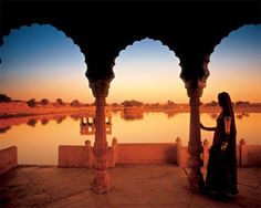 India (Rajasthan) : From palaces, forts, monuments, gardens, fair & festivals, handicrafts, food, mountains, lakes, sand dunes and dance and music, everything about Rajasthan is classy & enchanting. Visit Rajasthan, India