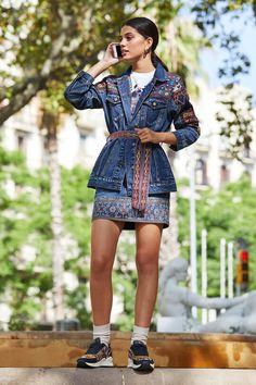 Bestickter Jeans-Parka | Desigual Blazer Jeans, Old Jeans, Estilo Boho, Parka, Ideias Fashion, Grid, Shirt Dress, Shirts, Dresses