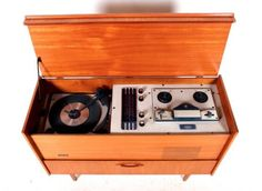 Schön Retro Vintage Gramophone Record Player Radiogram Carousel Record