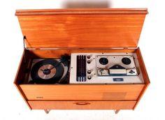 Schön Retro Vintage Gramophone Record Player Radiogram Carousel Record