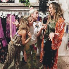 April 28th, 2016: Miley & Elsa Pataky (Liam's sister-in-law) shopping at Spell & the Gypsy Collective, Byron Bay #mileycyrus @mileycyrus