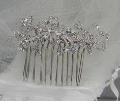 Bridal Hair comb Rhinestone Wedding Hair van CrystalAvenues op Etsy, $37.00