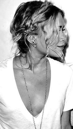 olsen-sisters-necklace