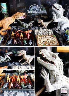 Jurassic World Dinosaurs, Jurassic Park, Days Before Christmas, Dinosaur Party, 4th Birthday, Birthday Party Decorations, Party Planning, Scene, Seasons