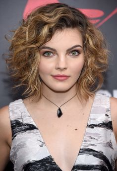 Camren Bicondova was born on May 1999 in San Diego, California, USA. She is an actress, known for Gotham Gotham Stories and Girl House Young Actresses, Female Actresses, Actors & Actresses, Camren Bicondova, Gotham Tv, Gotham Girls, Hollywood, Celebs, Celebrities