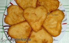 Krumplis pogácsa recept fotóval Snack Recipes, Snacks, Muffin, Chips, Cake, Food, Snack Mix Recipes, Pie Cake, Appetizer Recipes