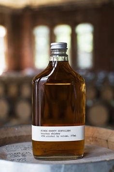 Micro-distilleries have started popping up in cities across the country. A far cry from the bathtub moonshine of Prohibition, these small batch producers thrive on urban craft culture and trial-and-error innovation. Here, Jay Schneider and Charlotte Steinway explore the burgeoning trend of bespoke booze, from Portland to Nashville and beyond.#Jetsetter