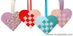 Crafting woven heart baskets for Christmas is a tradition in Scandinavian countries like Sweden and Denmark. Learn how to make these lovely baskets and fill them with sweets or greeting cards - perfect for Christmas or Valentine's Day! Norwegian Christmas, Danish Christmas, Mothers Day Crafts, Valentine Day Crafts, Valentine Party, Fun Crafts For Kids, Arts And Crafts, Craft Kids, Diy Projects Handmade