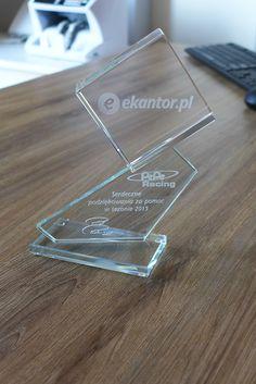 Taka statuetka zdobi od dziś siedzibę naszej firmy :) My także dziękujemy za dotychczasową współpracę!  #ekantor #falubaz #PepeRacing #wymianawalut