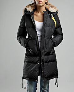 There is no reason to doubt that Parajumpers is a brand which comes to the fore in the clothes world. buy Parajumpers Long Bear Womens Parka now.