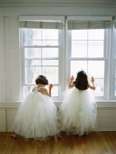 Tulle Flower Girl Dresses | photography by http://portfolio.shiprapanosian.com/