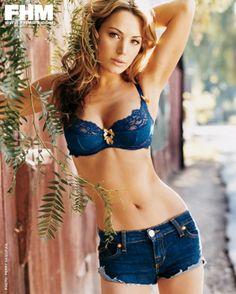 Hot girls nude upskirts