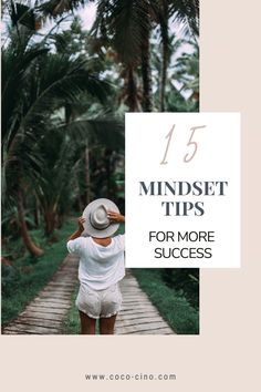 In this article, you´ll find 15 mindset tips that will immediately help you to think more positively and become more successful.Because, the way to success is neither easy nor relaxed. It is exciting, varied, demanding, lonely, challenging and incredibly enriching. The decision to fight for success thus requires perseverance and the right mindset. #positivemotivation #personaldevelopment #gettingmotivatedinlife #howtokeepmotivated #howtobeproductive #productivitytips #lifemotivation #success Good Motivation, Positive Motivation, Positive Mindset, Positive Attitude, Fixed Mindset, Change Your Mindset, Feeling Sorry For Yourself, How Are You Feeling, Never Stop Learning
