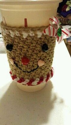 I crochet on tight side so adjust hook size to fit around cup. I used Starbucks reusable coffee cup. This makes a cute gifts or just for yourself. Mug Cozy, Coffee Cozy, Holiday Crochet Patterns, Cute Coasters, Crochet Cup Cozy, Cozy Cover, Reusable Coffee Cup, Crochet Kitchen, Crochet Gifts