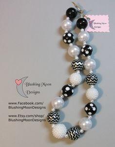 Black and White Chevron Bubblegum Necklace               (Matching Bracelet & Headband available)