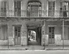 """Shorpy Historical Photo Archive :: Inner Sanctum: New Orleans, 1937. """"Courtyard entrance, 1133-1135 Chartres St."""" Photo by Frances Benjamin Johnston."""