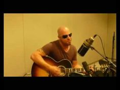 Chris Daughtry performing Lady Gaga's Poker Face live on the radio in Germany.    Uploaded by Matty Boy - Radio Host - Citrus 95.3 - Check me out for more cool stuff:  http://www.myspace.com/mattyboyradio -  http://www.twitter.com/mattyboyradio -  http://www.citrus953.com/mattyboy -     Also put this on my MySpace if you wanna grab it on there. ...