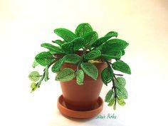 Plante en perles Philodendron avec pot + soucoupe. Modèle unique, par Marie-Astrid.  Accessoires de maison par botanic-perles