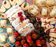 Durata: 30 minute  Complexitate: Medie  Acest preparat este ideal pentru platourile cu aperitice festive. Pe lânga gustul fin și delicatare si un aspect deosebit. Cu siguranță ne vom surprin