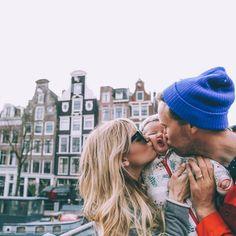 Barefoot Blonde Amber Fillerup in Amsterdam