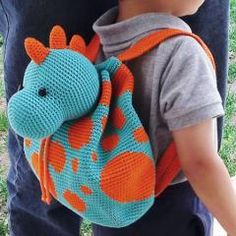 Dino Backpack crochet pattern by Chabepatterns Crochet Backpack Pattern, Crochet Baby Hat Patterns, Crochet Baby Hats, Crochet For Kids, Crochet Toys, Knit Crochet, Crochet Case, Crochet Purses, What Is Knitting