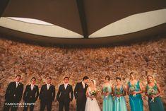 Casamento, fotos com padrinhos, madrinhas em tons de verde turquesa e verde menta Green bridesmaids, blue bridesmaids, mint and turquoise, fun, bridesmaids and groomsmen