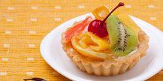Vemale.com - Pie mini dengan vla manis dan buah segar sangat cantik penampilannya dan enak rasanya. Mari dicoba..