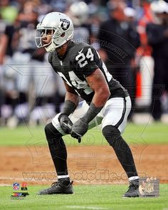 Oakland Raiders - Charles Woodson Photo Photo at AllPosters.com