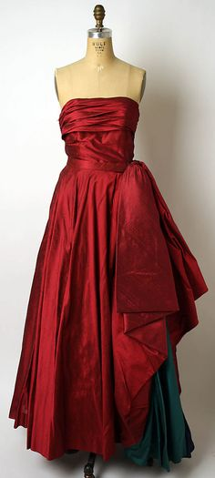 Ball Gown, (attributed) Jacques Griffe (French, born 1917), (attributed) Edward Molyneux (French, born Britain, 1891–1974): ca. 1950, French, silk.