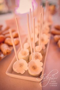We love to keep the beauty in every detail we design | Popcakes design | Event design | Romania