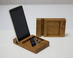 inotch1 compact wooden phone stand in by UllapoolBoxCreations