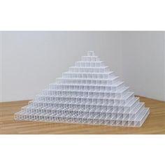 Sol LeWitt, Double Pyramid