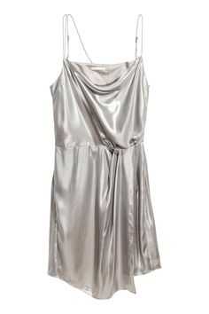 Metaliczna sukienka - Srebrny - ONA   H&M PL