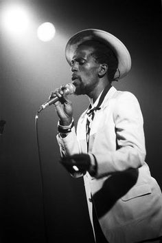 Gregory Isaacs - stylish romantic crooner and roots reggae star from Jamaica. Prolific recording artist, his nickname is the Cool Ruler. Reggae Rasta, Reggae Music, My Music, Rastafarian Culture, Calypso Music, Reggae Style, Reggae Artists, Caribbean Culture, Music Images