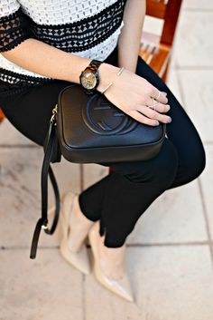 Gucci disco bag for work // the modern savvy Gucci Disco Bag, Gucci Soho Disco, Black Leather Jeans, Classic Looks, Timeless Classic, Best Sneakers, We Wear, Chic Outfits, Autumn Winter Fashion